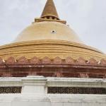 タイの寺院。プラ・パトムチェーディーに行ってきた。